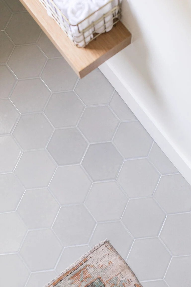 hex with white