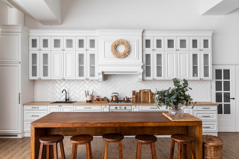 What Tiles Are Best for Kitchen Splashback?   Tilemall Australia